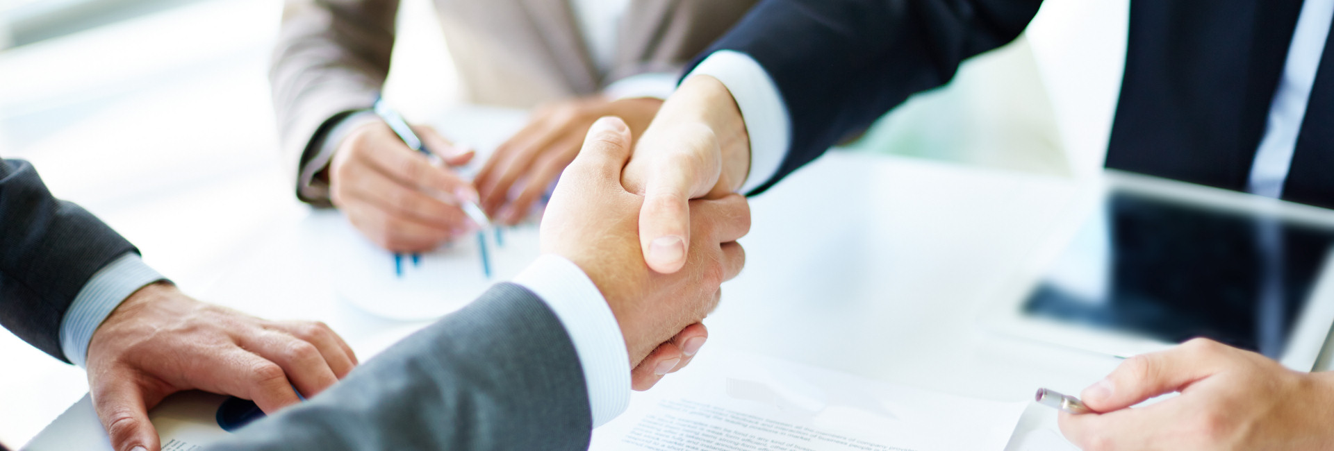 <p><strong>Okresní hospodářská komora Bruntál</strong><br />Váš partner na cestě podnikání.</p>